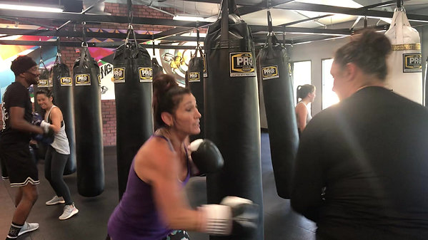 Morning Heavy Bag Class