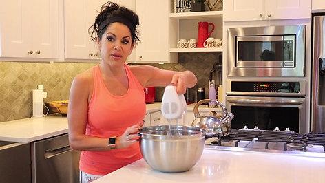 Mel's Homemade Cocount Yogurt