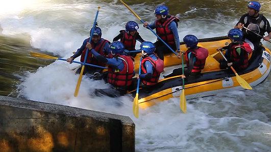 Rafting sur L'Aude à Axat Gorges de Saint-Georges