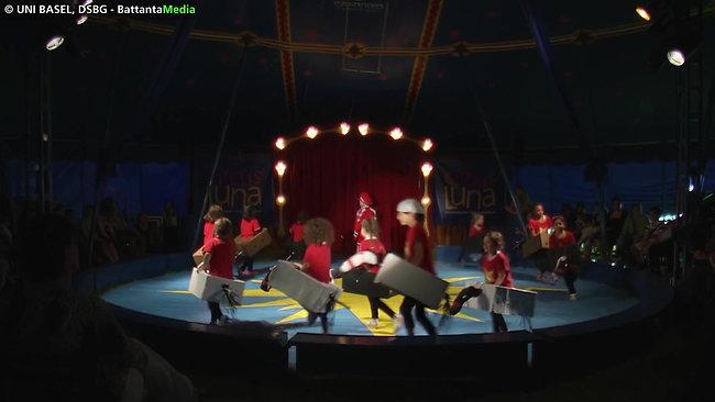 40_circus_luna