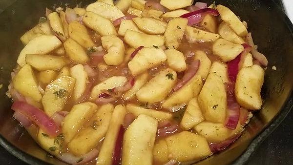 Apple Koss Sauce