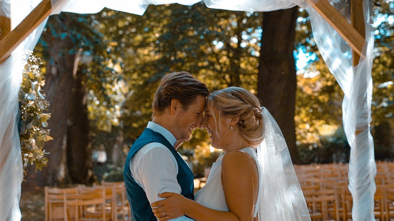 Mr. & Mrs. De Wieuw
