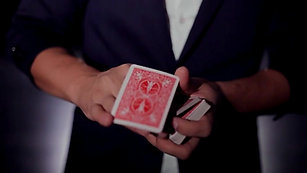 Magic by Martin Tschanett - Card Moves