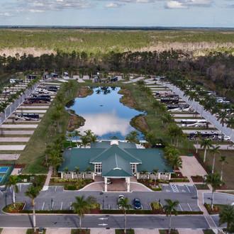 RV Park | Palm Beach Motorcoach Resort | United States