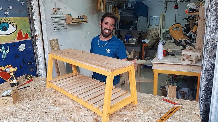 סרטוני הדרכה - קיטים לבניית רהיטים מעץ