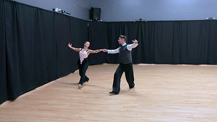 Closed Gold American Viennese waltz
