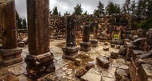 stone-ruins-rock-walls-archways_bybi_jdgh__D
