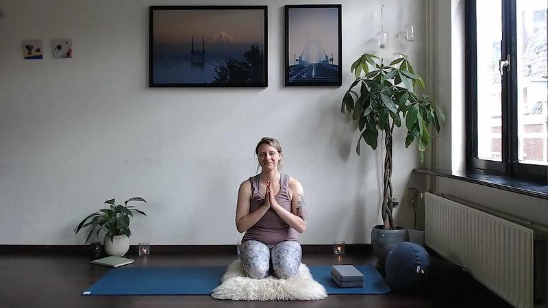 Pregnancy Yoga - Week Six
