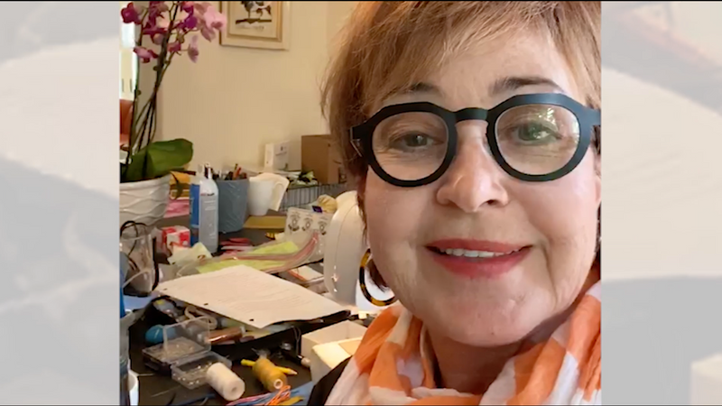 WPE Annie Potts' Special Offer to Donors!