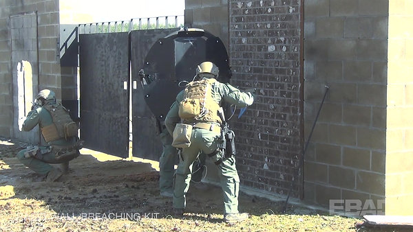 Rapid Wall Breach Kit