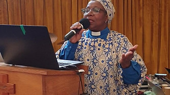 Paster Preaching