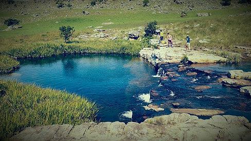 Phushungwana falls, Paradise Pool and Mfundeni View Point