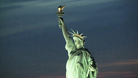 statue-of-liberty-close-up-2_bydoatgbs__D