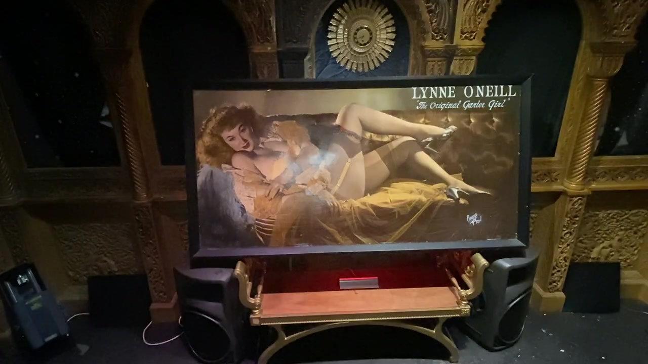 LYNNE O'NEILL video montage (Billboard)