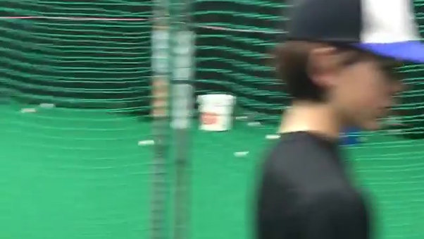 INDOOR HITTING