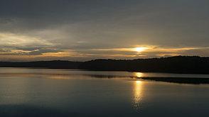 夏の夕刻の狭山湖  Sunset in late afternoon 1