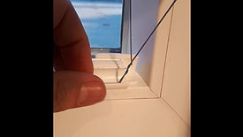 Montage Lamellenplissee mit Halter A in Glasleiste