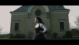 BLACK MARE - Femme Couverte