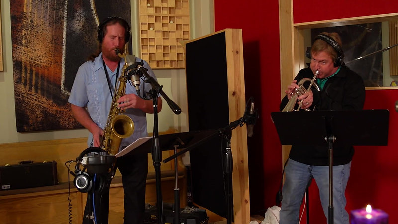 Live from eTown Hall Studios - New FamilyDog - Cherish