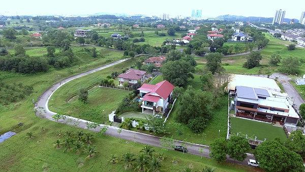 Villa Cemara in Ledang Heights