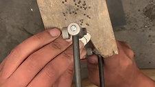 Bottlebee: Making a daisy necklace