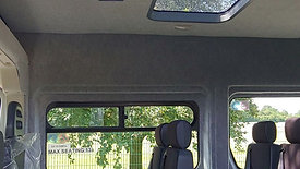 Peugeot Boxer lightweight minibus
