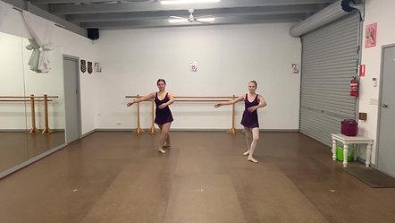 17. Pirouette en Dedans
