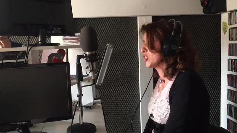 VIDEO-2018-05-17-18-15-52