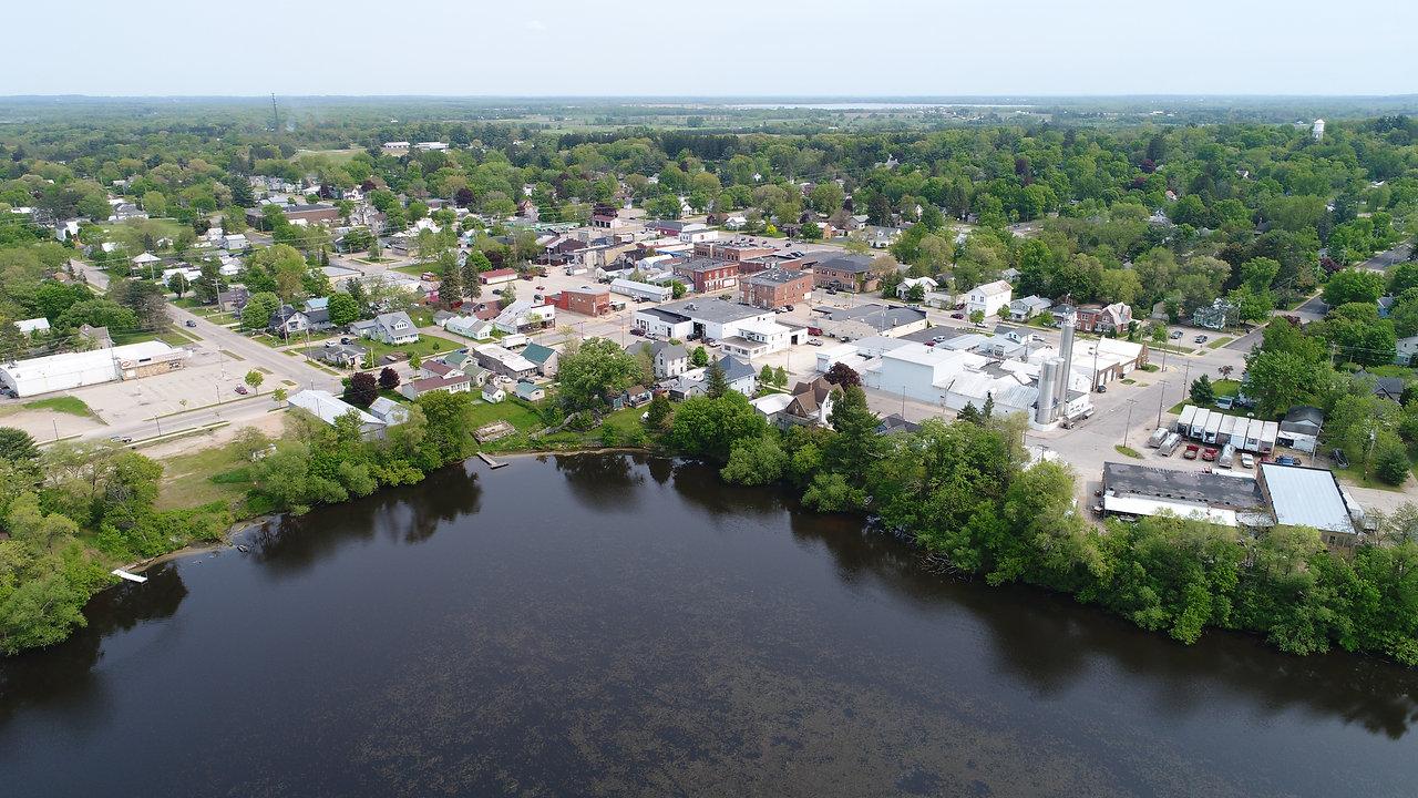 City of Weyauwega: Community