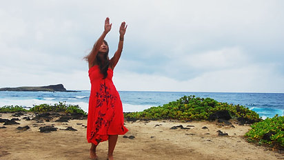 Dancing in our Hula Holoholo