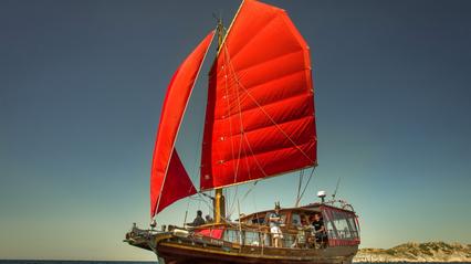 Esperanza Chinesse Junk Skippered Charter