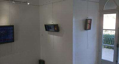 visite de l'exposition au centre d'art de Port-Vendres