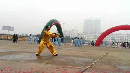 Gary Huff Demonstrates Tai Chi in China