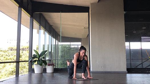 Clase de Vinyasa Yoga Arcos