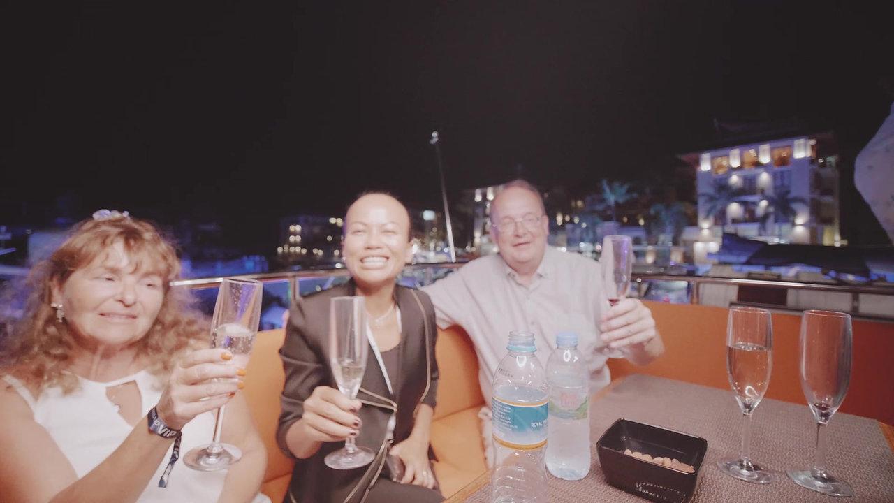 2019-01-10 Chowa - Royal Phuket Marina v2