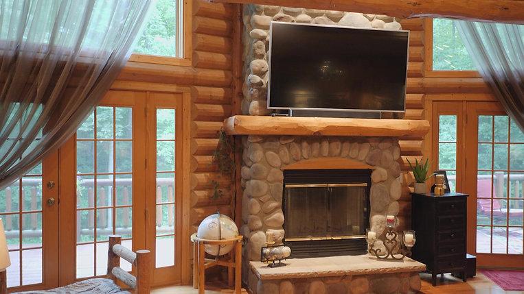 Real Estate - Log Cabin for sale near Elkhorn, WI