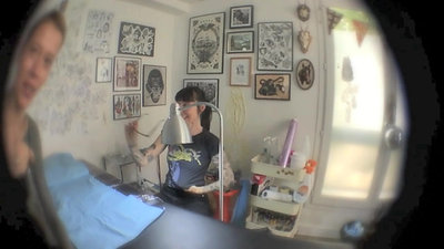 Béatrice Myself Tattoo Session