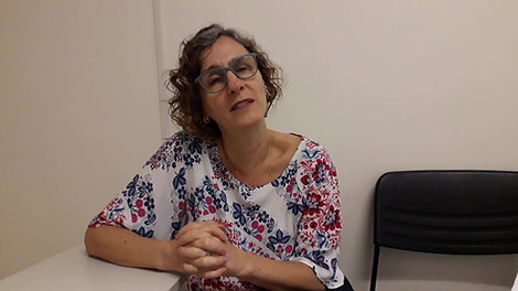 Profa. Luciane Pezzato