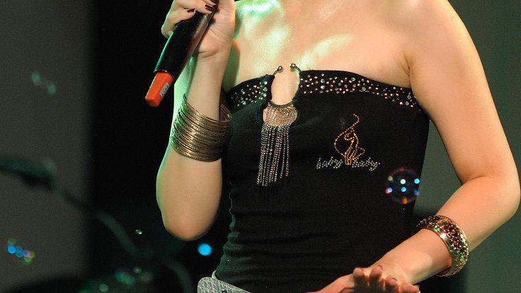Rita-藍色狂想super band歌手