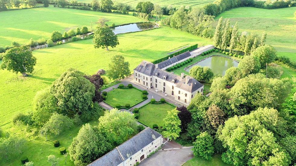 Vue du ciel du Château du Bû