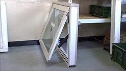 ELA35下掀式关闭 10mm强化玻璃 窗框尺寸100x80cm