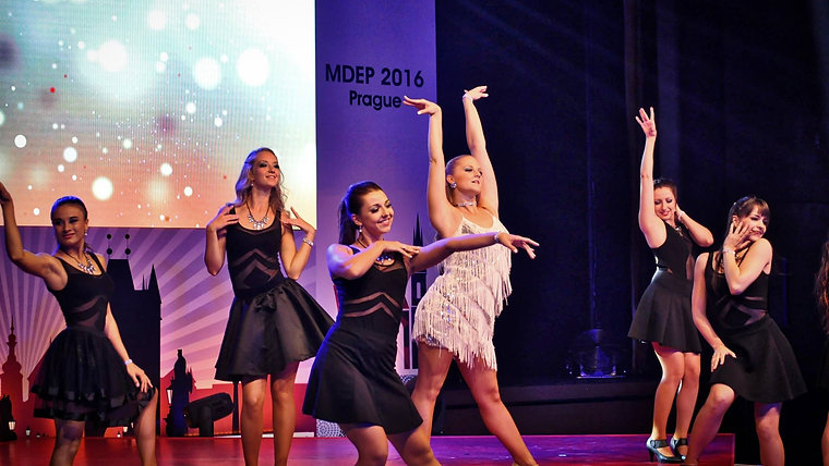 Taneční modeling / taneční módní přehlídky