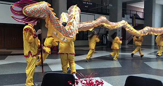 3 dragon dance