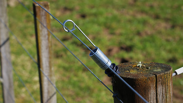 SmartRigger electric fence offset
