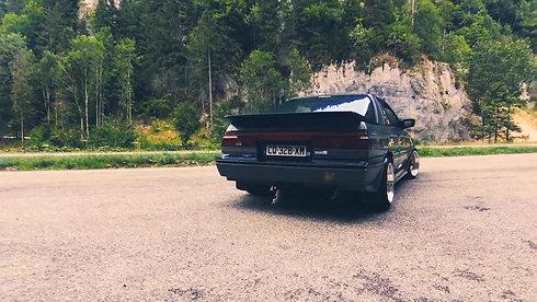teaser-nissan-sunny-coupe-gti-1988