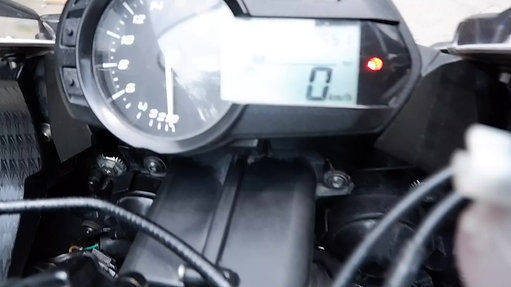 REVIEW ZX636
