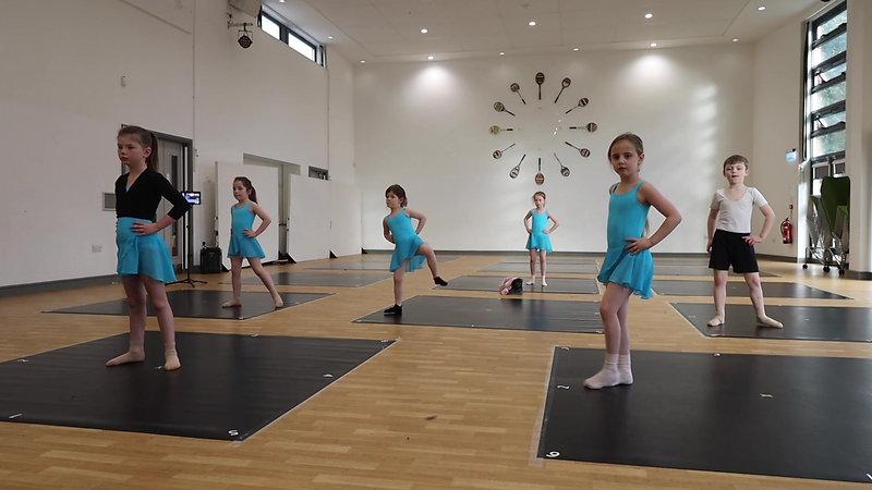 Grade 1 Ballet & Junior Contemporary, Tap & Jazz