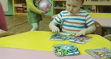 Мишенька читает