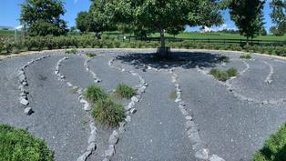 Take Ten to Zen, Again. Virtual Labyrinth Walk
