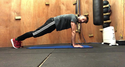 High plankpress-up position